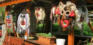 "Atelierul Grundtvig ""Mask making- living the Romanian village culture"""
